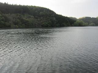 青蓮寺湖面2014.5.4.jpg